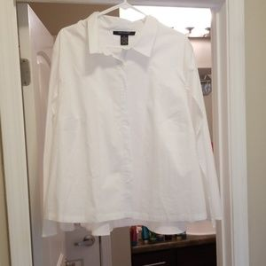 New Cap Back White Button Up Top